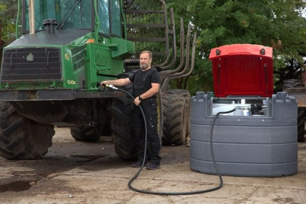 Fortis 1000L stationary tank refuelling green tractor