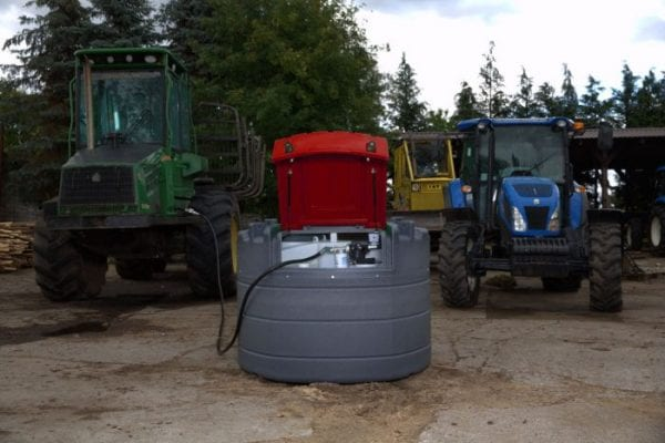 Fuelchief Fortis 1,000L Fuel tank on site next to blue tractor